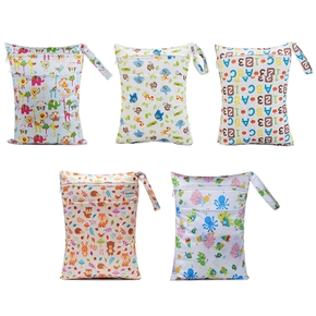Double Pockets Animal Letter Waterproof Hanging Cloth Diaper Wet/Dry Bags