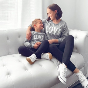 LOVE Letter Print Matching Sweatshirts for Mom and Me