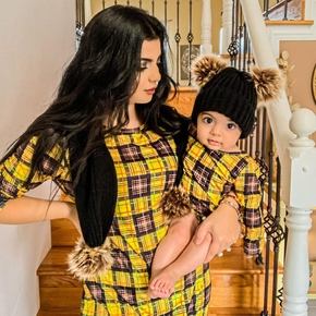 Mommy and Me Plaid Stitching Mesh Long-sleeve Dresses