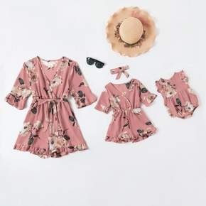 Floral Print V-neck 1/2 Sleeve Matching Pink Shorts Rompers