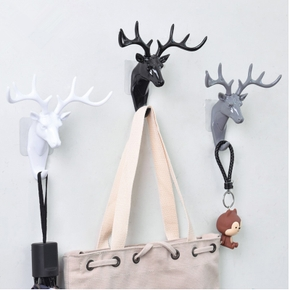 Deer Design Hanger