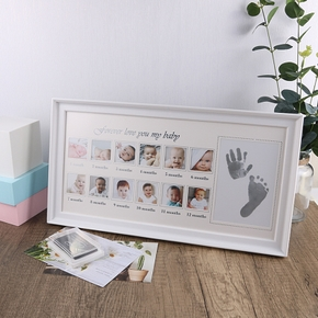 Newborn Baby Hand And Foot Print Mud Frame Baby Solid Baby Souvenir Gift Month Photo Random Pictures