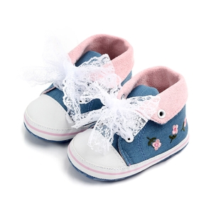 Baby / Toddler Girl Floral Embroidered Lace Bowknot Casual Prewalker Shoes