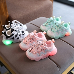 Toddler / Kid Fashionable LED Breathable Sports Shoes