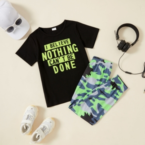 Letter Print Tee and Camouflage Pants Athleisure Set for Toddlers/Kids