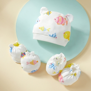 3-piece Baby Cartoon Fish Anti-scratch Glove and Hat and Socks set