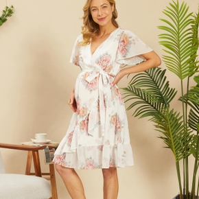 V Neck Short-sleeve Flounce Maternity Dress