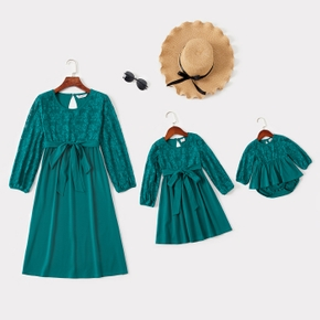 Solid Green Lace Splicing Long Sleeve Dress for Mom and Me