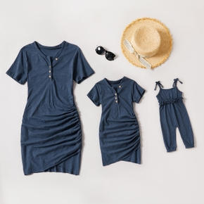 Solid Dark Blue Short-sleeve Side Ruched Cotton Tight Dress for Mom and Me( Sling Baby Jumpsuits)