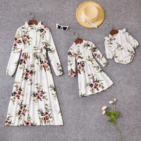 Floral Print White Long-sleeve Frilly Collar Belted Maxi Dress for Mom and Me