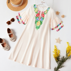 Kid Girl Floral Embroidery Ruffle-sleeve Dress