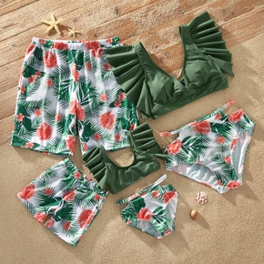 Floral Print Family Matching Swimsuits(2-piece Swimsuits for Mommy and Girl ; Swim Trunks for Dad and Boy)