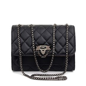 Geometry Lingge Single Shoulder Flap Crossbody Bag with Chain Strap for Women