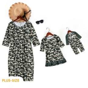 Allover Camouflage Print Three Quarter Sleeve Midi Dress for Mom and Me