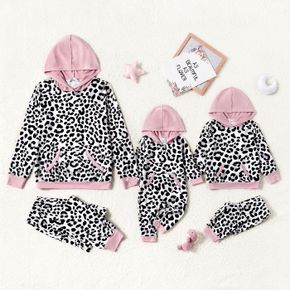 All Over Leopard Splicing Pink Long-sleeve Hoodie with Pants Sets for Mom and Me