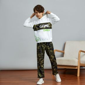 2-piece Kid Boy Letter Game Console Camouflage Print Hoodie Sweatshirt and Pants Set